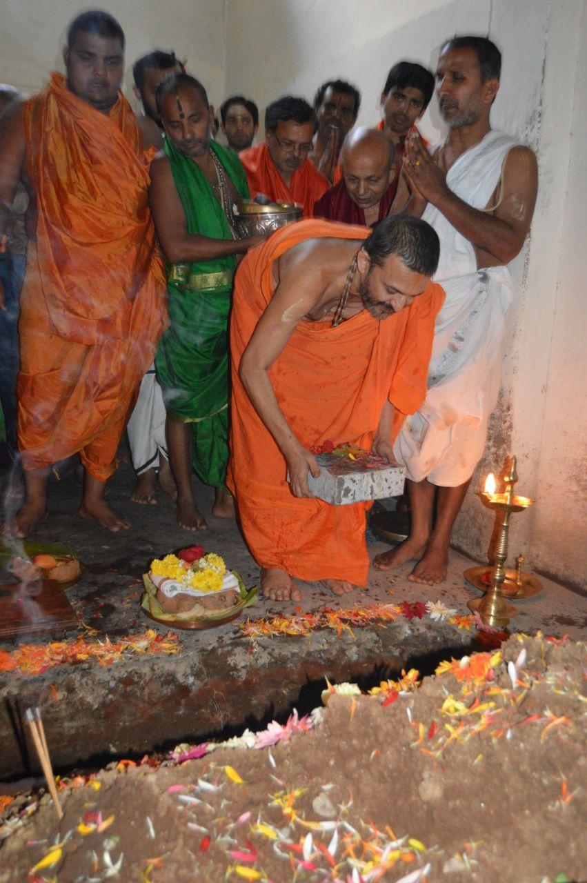 Hole-Narasipura-Kalyana-Mantapa (3).jpeg