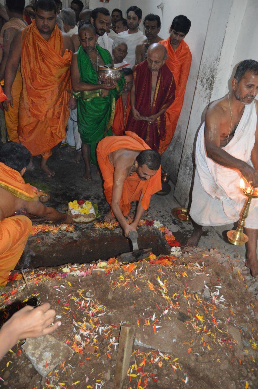 Hole-Narasipura-Kalyana-Mantapa (4).jpeg